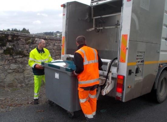 Nettoyage des conteneurs en cours