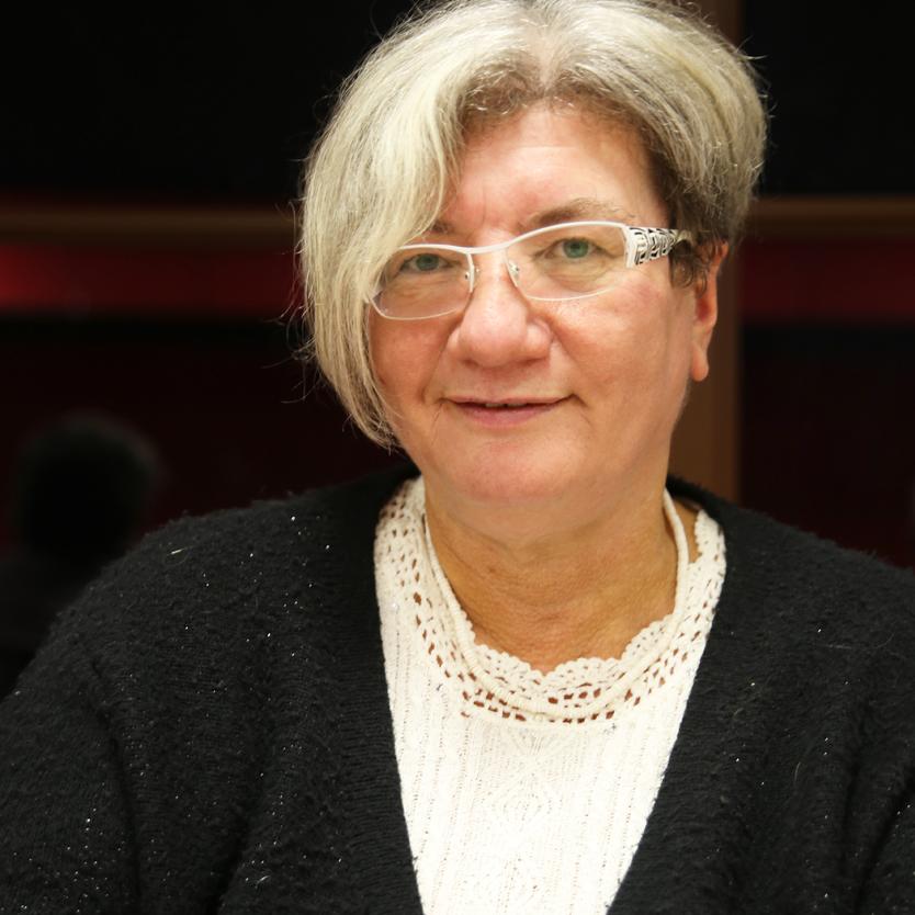 Evelyne PINLON